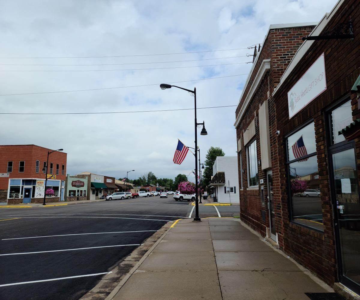 7455 Main Street - Photo 1