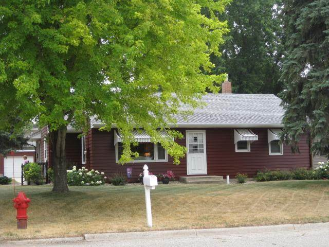 300 E 8th Street, Starbuck, MN 56381 (#6029804) :: Lakes Country Realty LLC