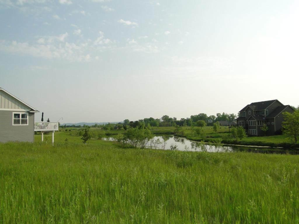 113 Emerald Lake Drive - Photo 1