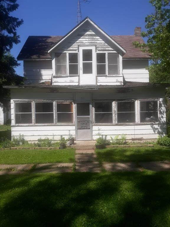 503 Maple Street - Photo 1