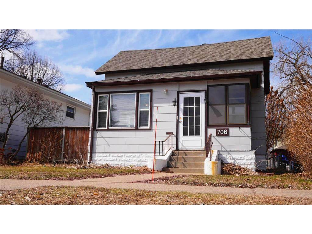 706 Buchanan Street - Photo 1