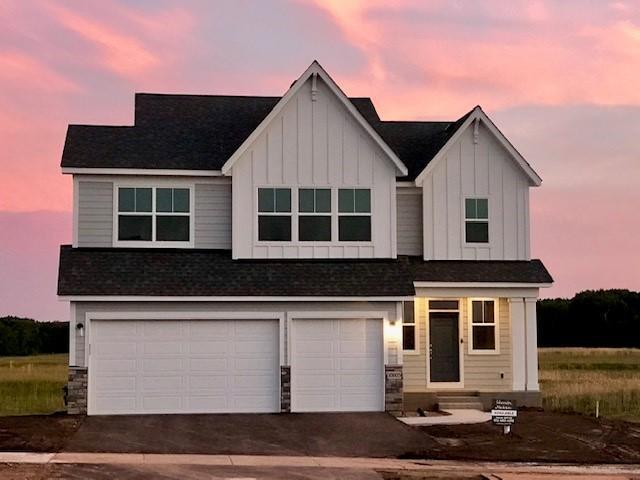 10805 39th Street N, Lake Elmo, MN 55042 (#5212814) :: House Hunters Minnesota- Keller Williams Classic Realty NW