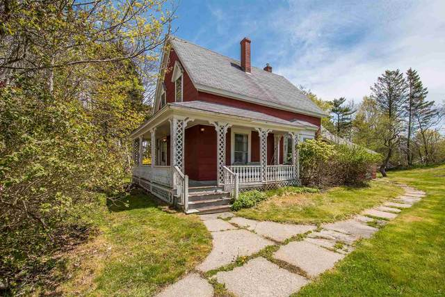 31 Transvaal Street, Shelburne, NS B0T 1W0 (MLS #202111686) :: Royal LePage Atlantic
