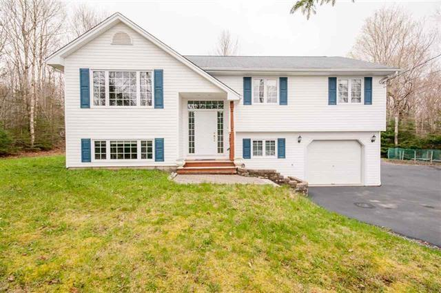 506 White Hills Run, Hammonds Plains, NS B4B 1W7 (MLS #201725811) :: Don Ranni Real Estate