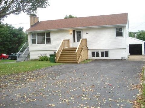 38 Hillcrest Avenue, Lower Sackville, NS B4C 1X1 (MLS #201729099) :: Don Ranni Real Estate
