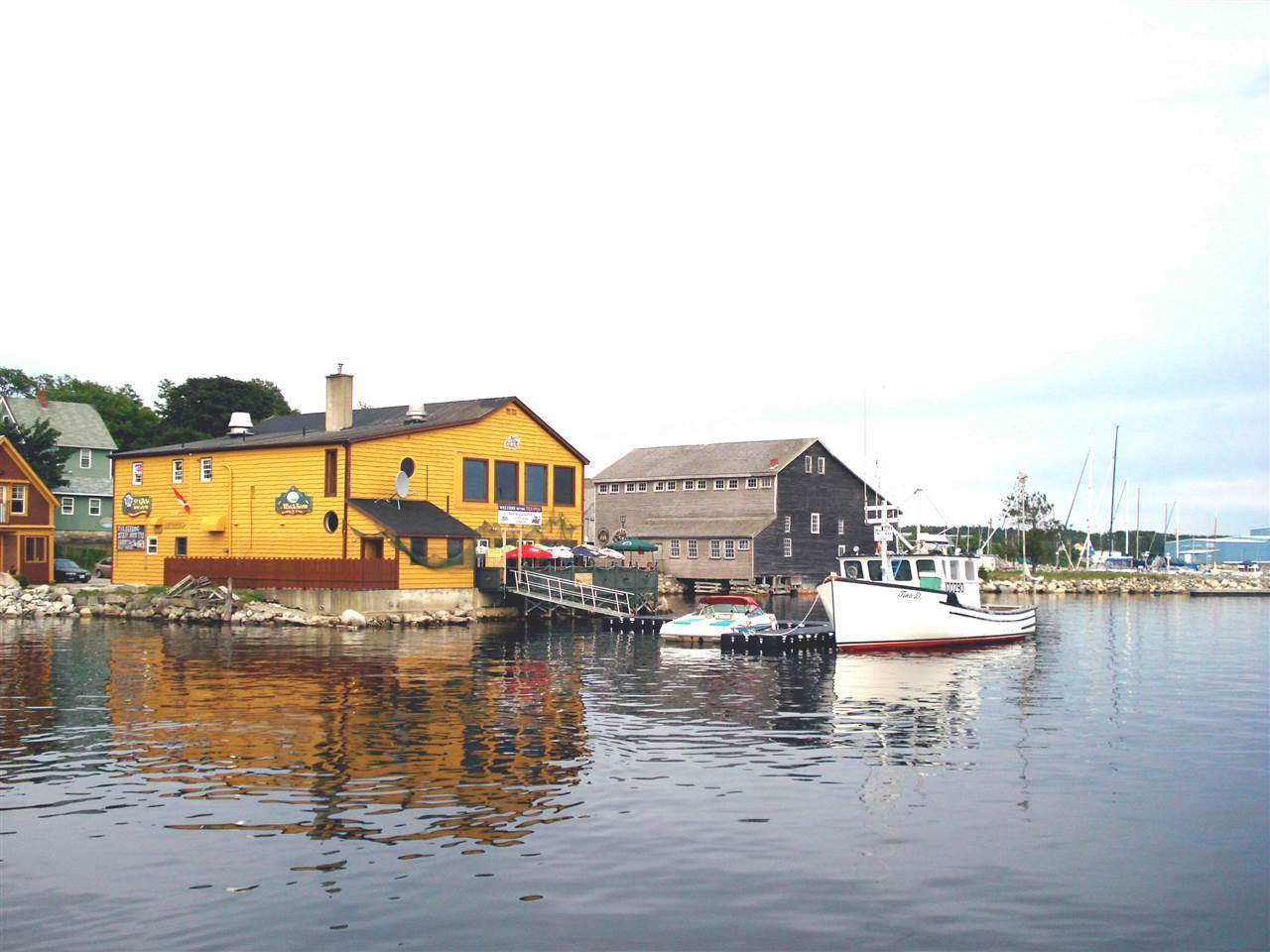 1 Dock Street - Photo 1