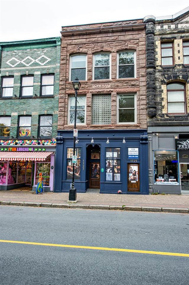 1725 Barrington Street - Photo 1