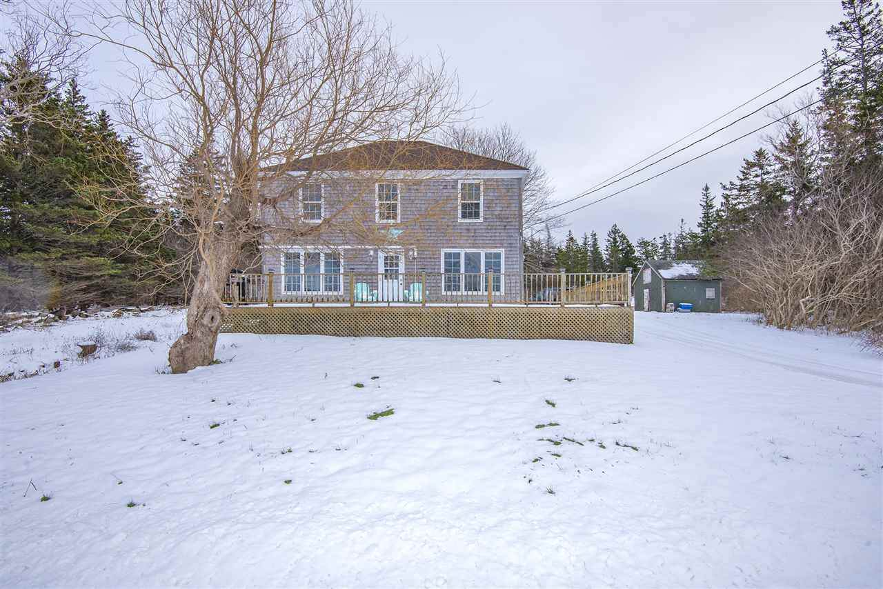 818 Fort Point Road - Photo 1