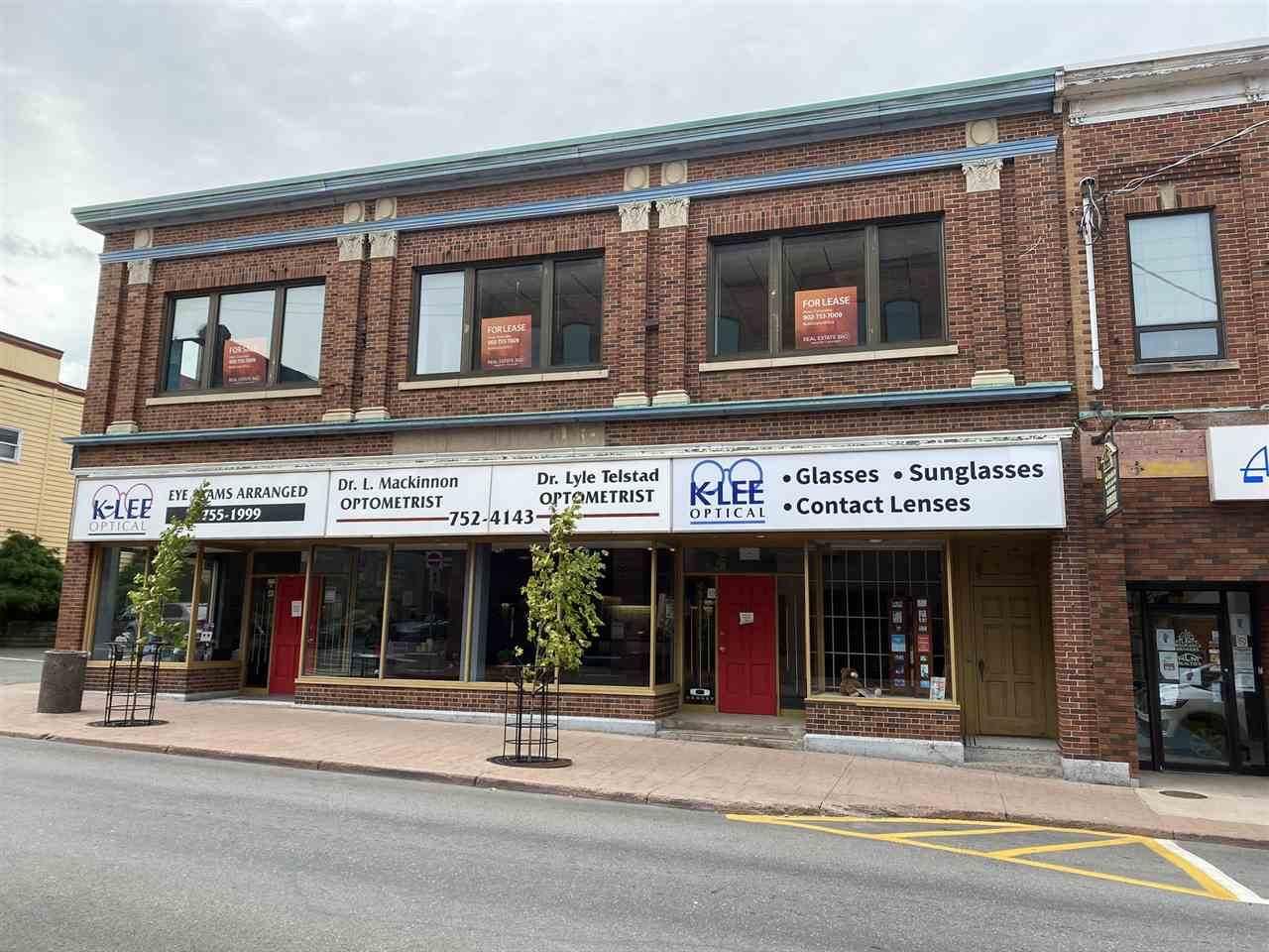 185 Provost Street - Photo 1