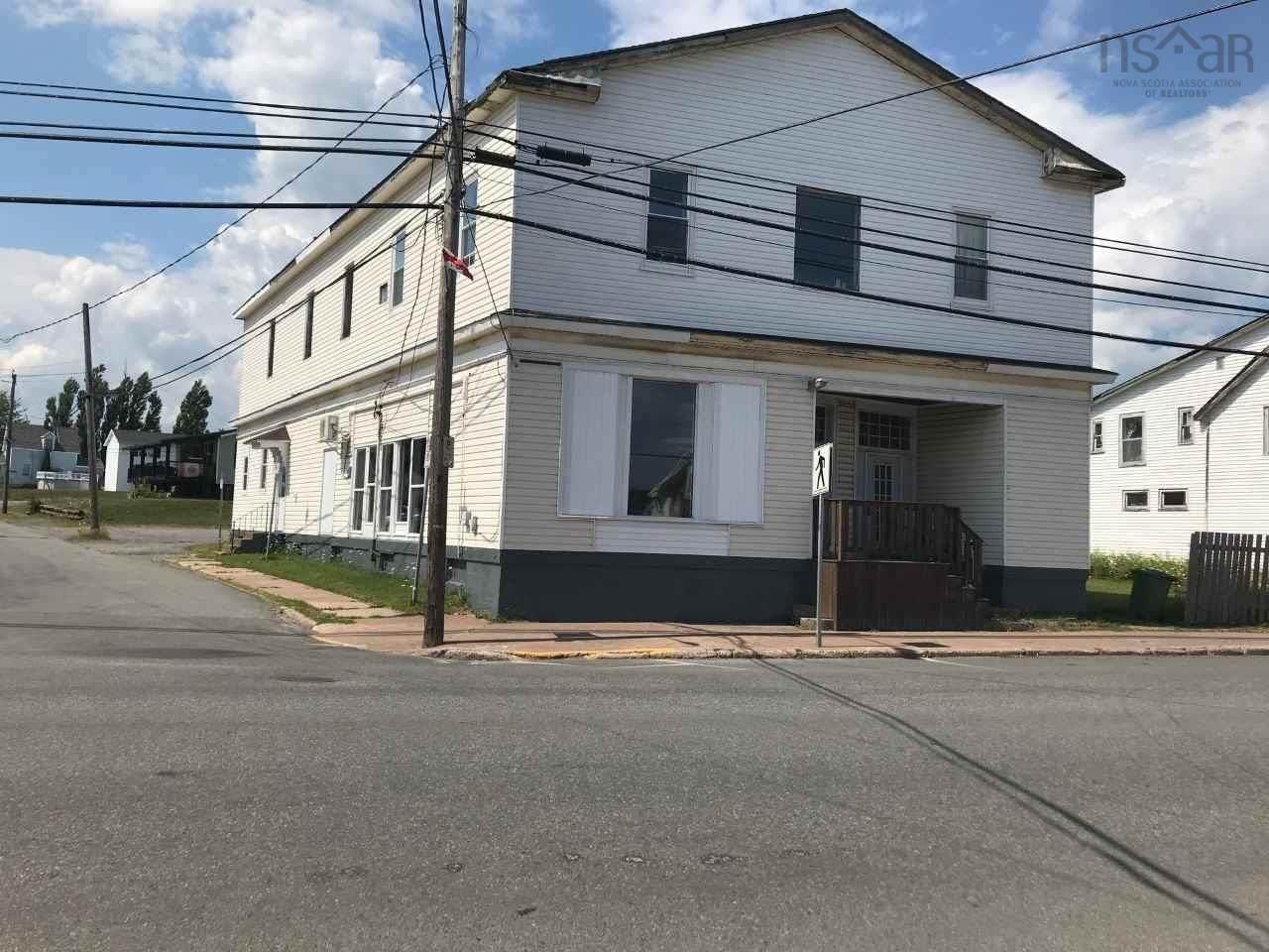 1822 Main Street - Photo 1