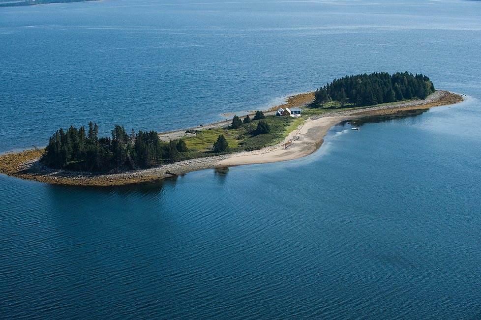 Spectacle Island - Photo 1