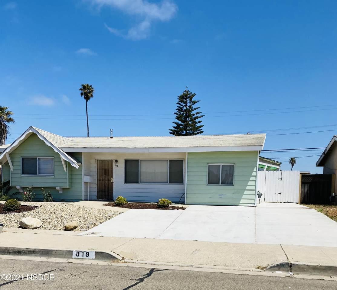 819 Harding Avenue - Photo 1