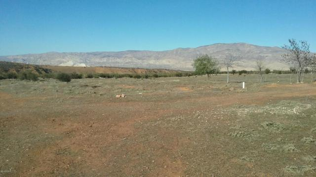 8375 Foothill Road, Cuyama, CA 93254 (MLS #18000549) :: The Epstein Partners