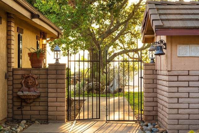 4025 W Oak Trail Road, Santa Ynez, CA 93460 (MLS #20002035) :: The Epstein Partners