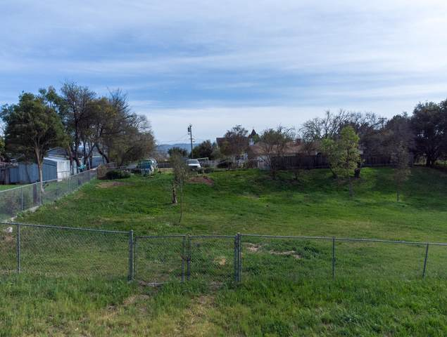 013 Pine Street, Santa Ynez, CA 93460 (MLS #21000816) :: The Epstein Partners