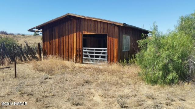 Santa Barbara Canyon Road, New Cuyama, CA 93254 (MLS #18001069) :: The Epstein Partners