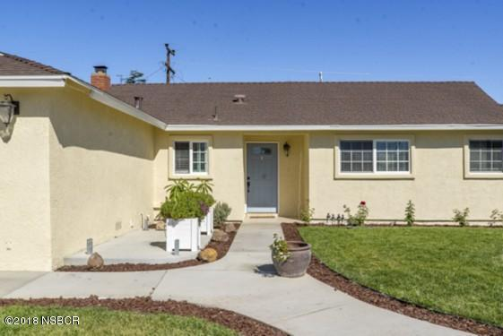 3916 Silver Leaf Drive, Santa Maria, CA 93455 (#18003031) :: Group 46:10 Central Coast