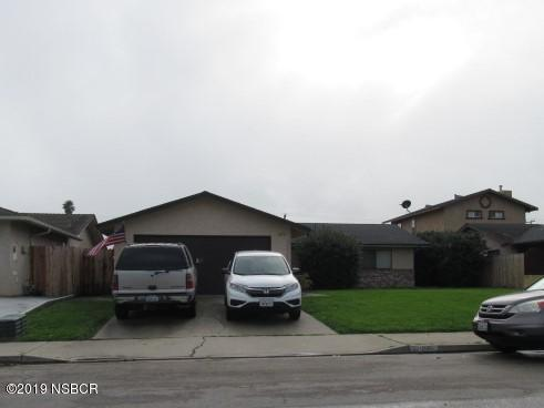 1212 W Cherry Avenue, Lompoc, CA 93436 (MLS #19000341) :: The Epstein Partners