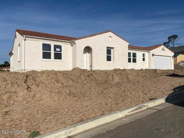 299 Falcon Crest Drive, Lompoc, CA 93436 (MLS #19003109) :: The Epstein Partners