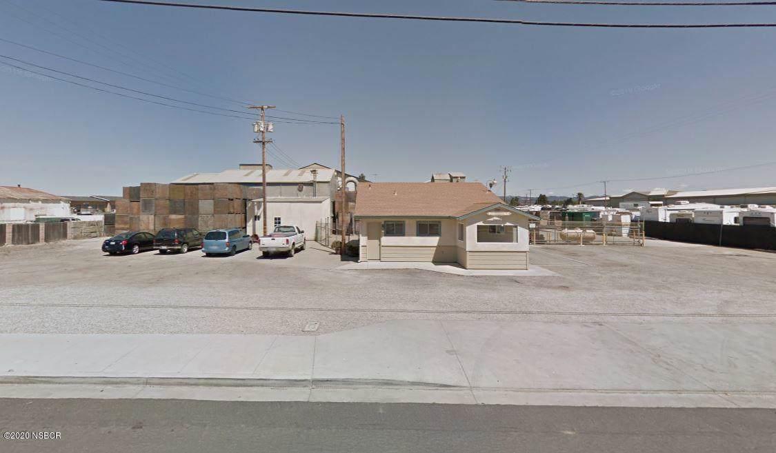 1119 Laurel Avenue - Photo 1