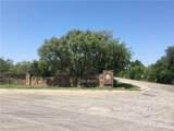 668 Oak Point Drive - Photo 3