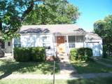 217 Nueces - Photo 2