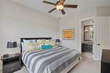 1004 Lexington Terrace - Photo 25