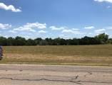 1013 White Bluff Drive - Photo 2
