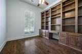 10974 Apple Valley Drive - Photo 4