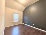 11513 Maddie Avenue - Photo 9