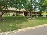 8821 Glen Hollow Drive - Photo 3