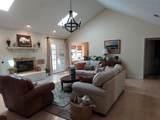 8821 Glen Hollow Drive - Photo 6