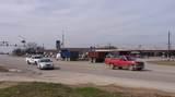 835 South Loop - Photo 2
