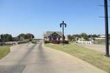 17113 Woodlawn Drive - Photo 2