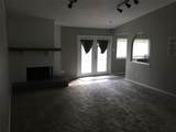 116 Williamsburg Manor - Photo 3