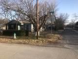 1050 Oak Street - Photo 2