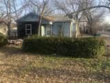 1050 Oak Street - Photo 4