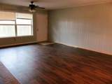 303 Chestnut Street - Photo 3