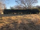300 Yucca Court - Photo 4
