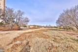 10038 Private Road 2224 - Photo 33