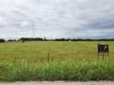 573 Linda Road - Photo 3