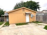 2524 Red River Street - Photo 36