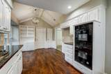 2709 Graphic Place - Photo 20