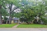 1421 Oak Street - Photo 2