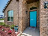 226 Meadowlands Drive - Photo 4