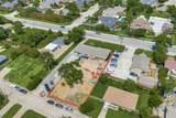 915 Goliad Street - Photo 2