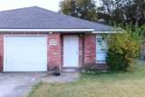 606 Oak Street - Photo 1