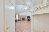 402 Hollyberry Drive - Photo 2