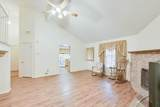 402 Hollyberry Drive - Photo 4