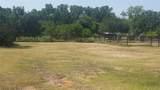 3972 Lake Oaks Circle - Photo 33